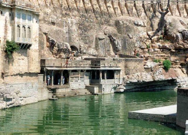 Gaumukh Kund (Reservoir) 2