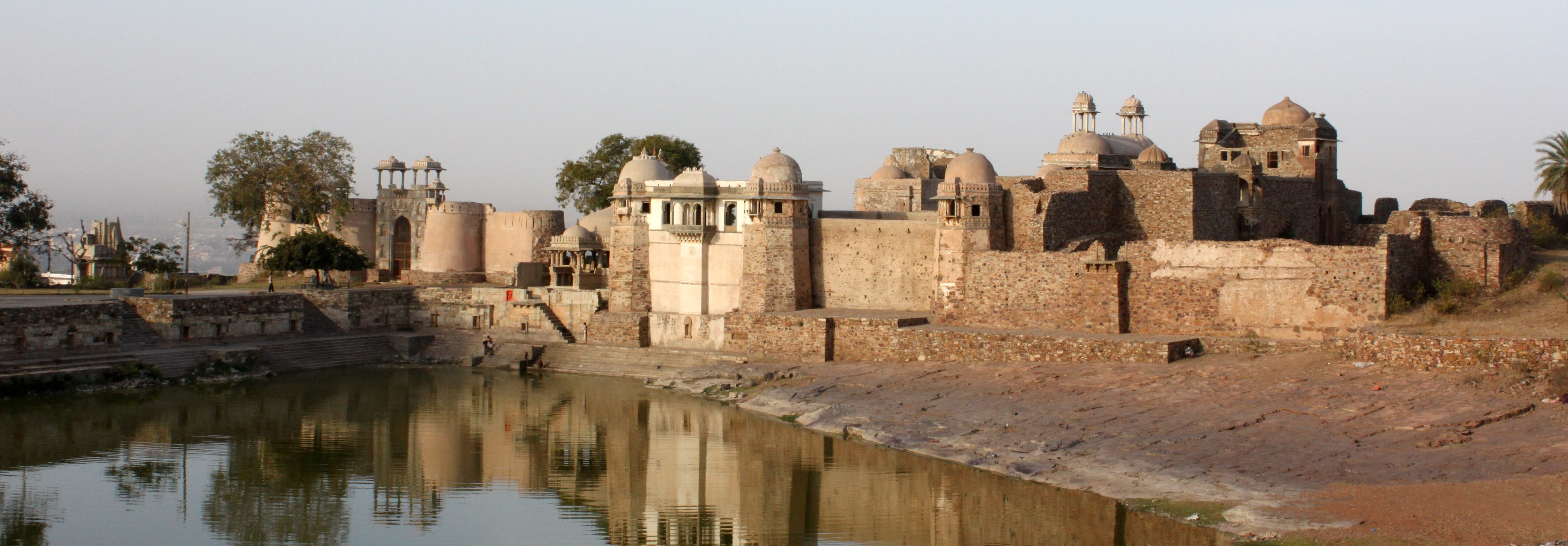 Ratan Singh Palace 1