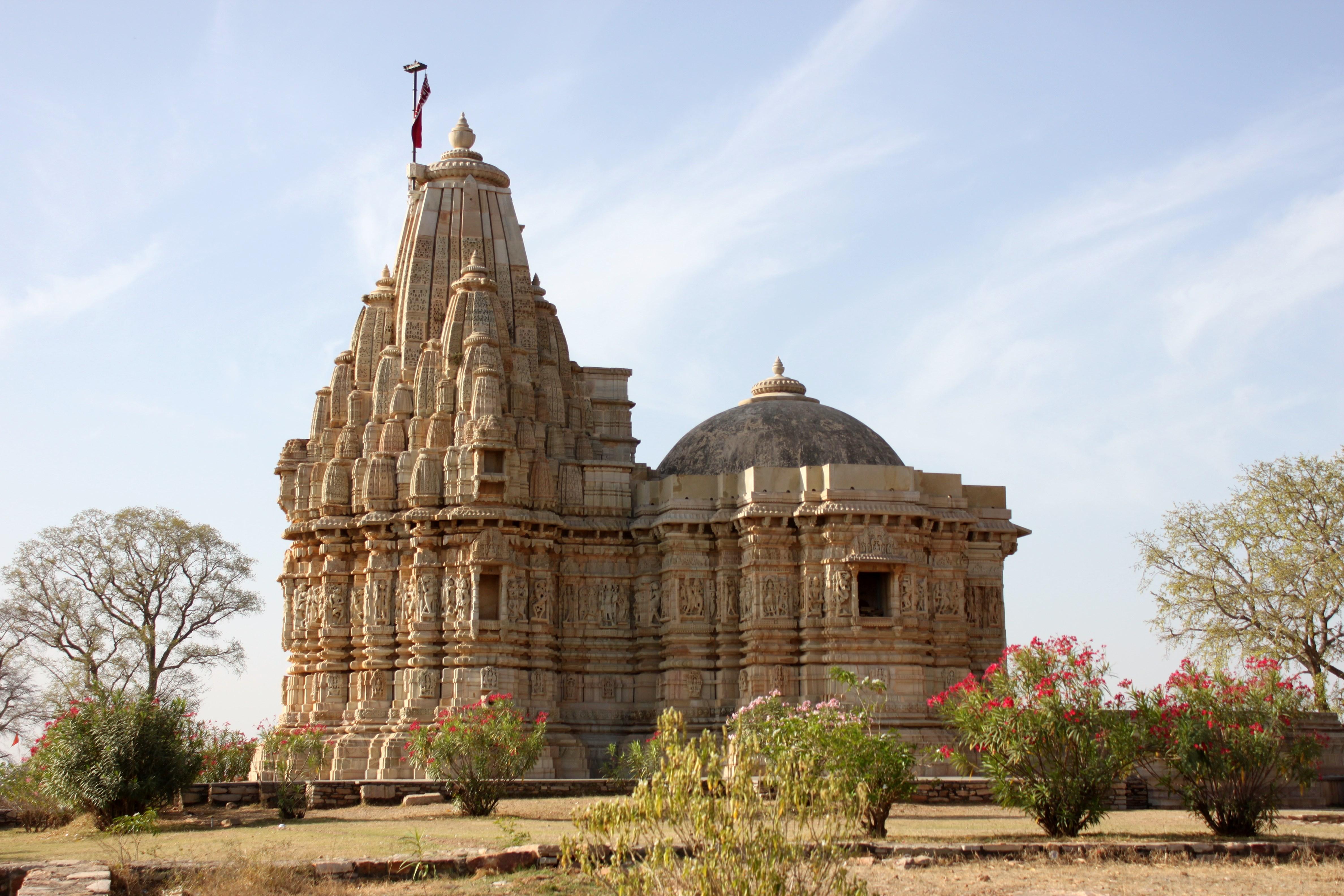 Jain Temple Saatbees Deori 23