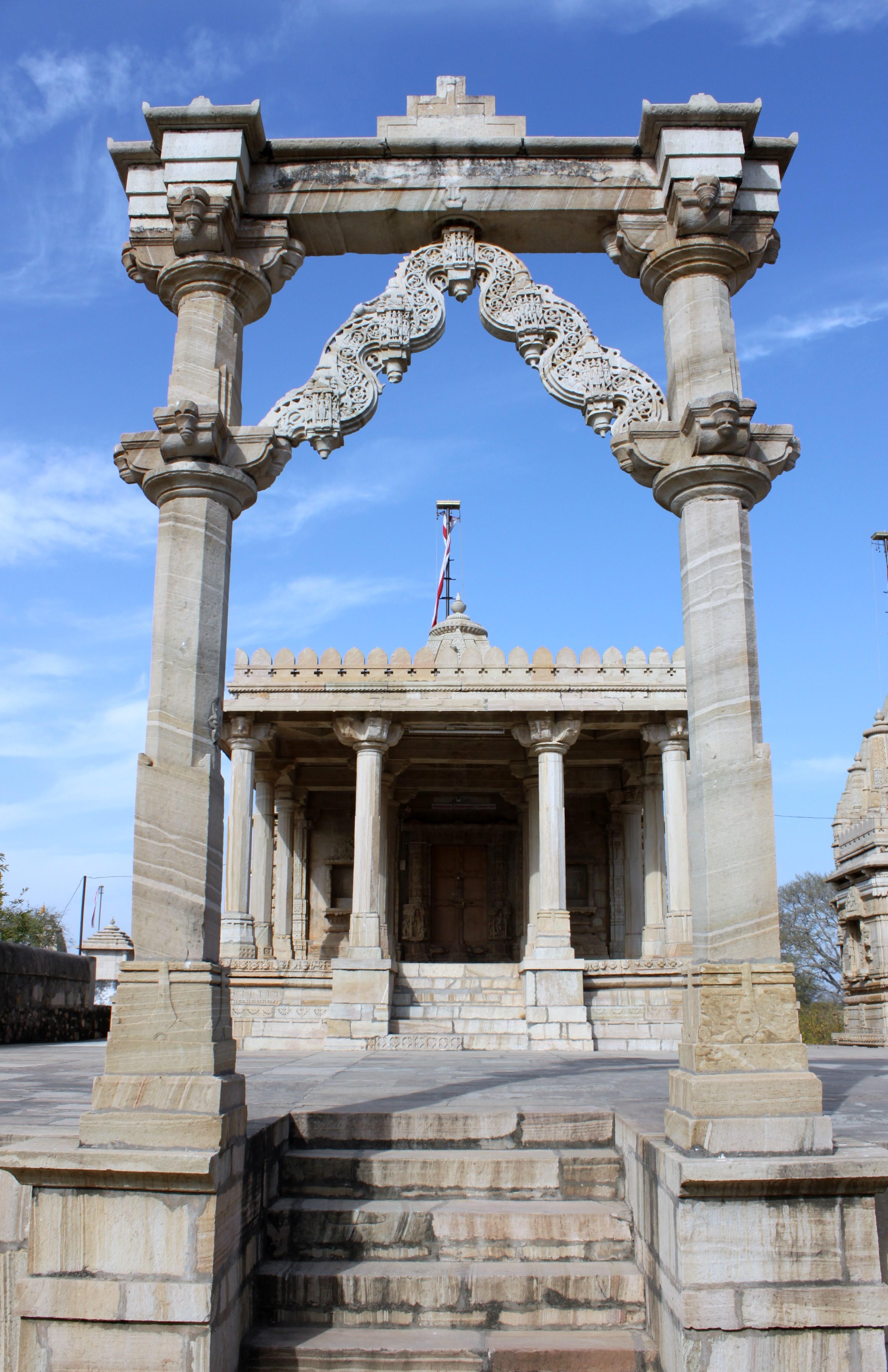 Saatbees Deori (Digamber Jain Temple) 11