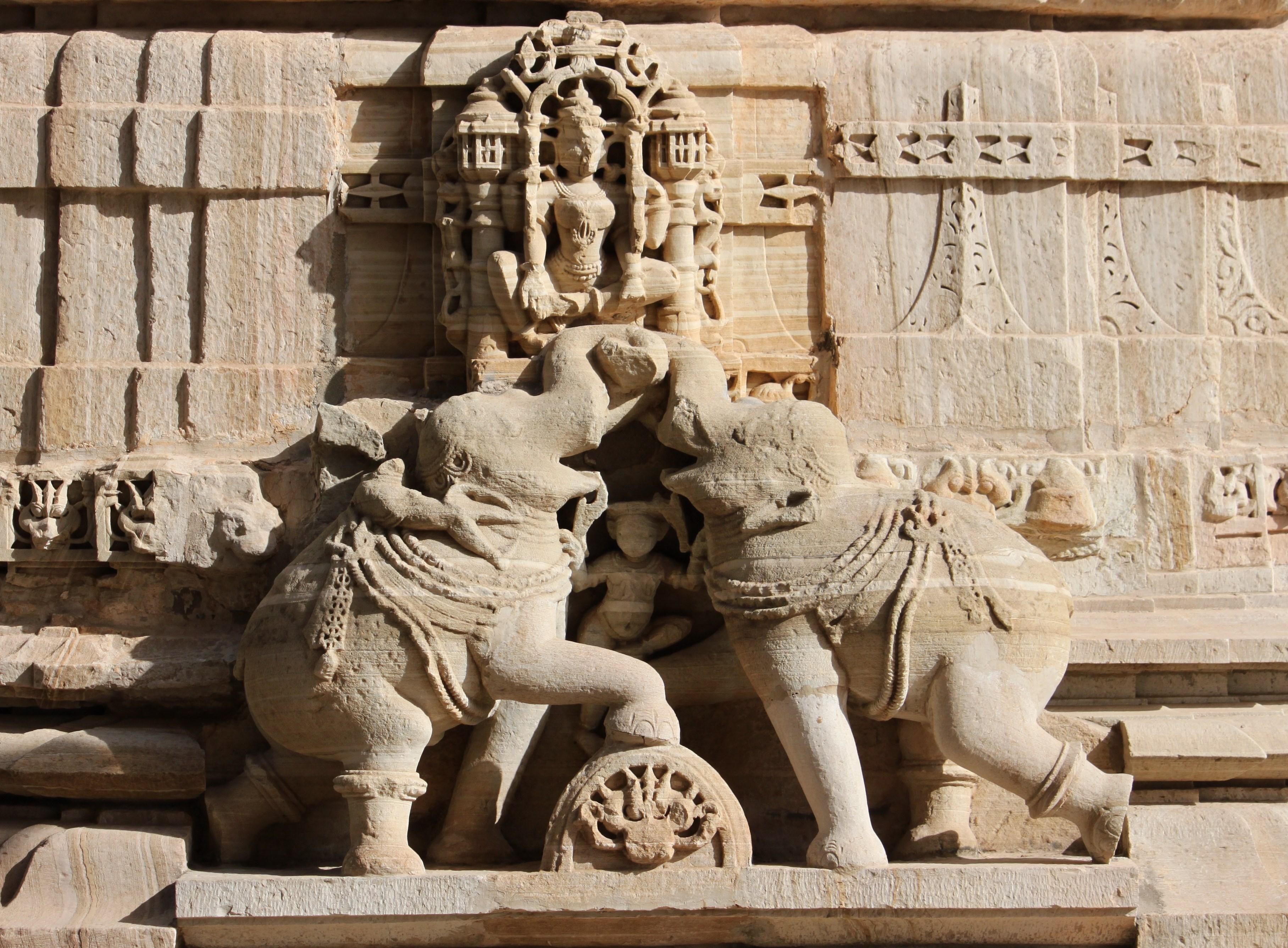 Saatbees Deori (Digamber Jain Temple) 18