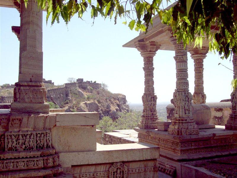 Fort View from Gaumukh Kund
