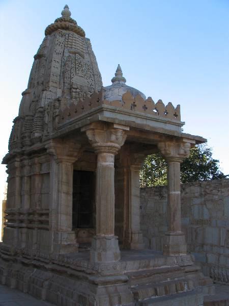Saatbees Deori (Digamber Jain Temple) 28
